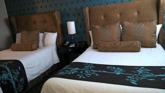 """Ivy Hotel Napa: Camas """"queen size"""""""