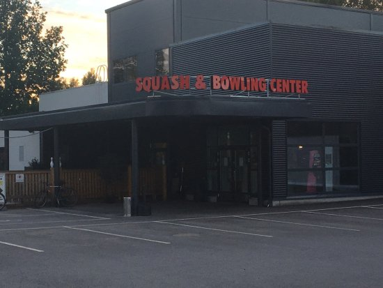 Squash & Bowling Center