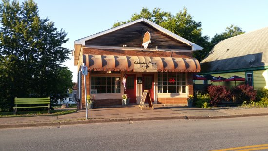 Exterior Picture Of Chowder House Cafe Tatamagouche Tripadvisor