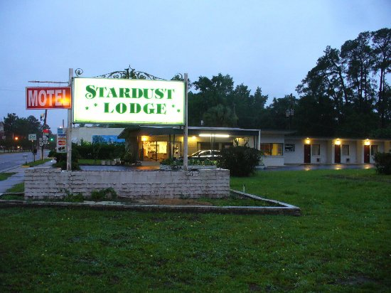 Woodbine, GA: Sign O' the Stardust