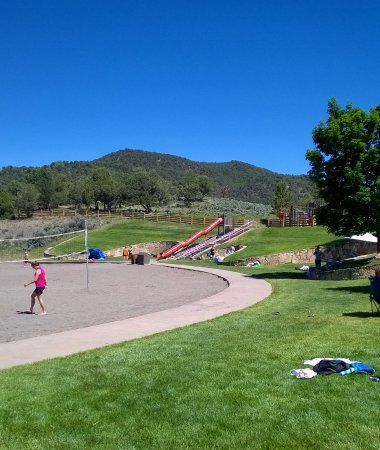 Ridgway State Park: Here is the slide down to the beach from playground at top near parking lot.