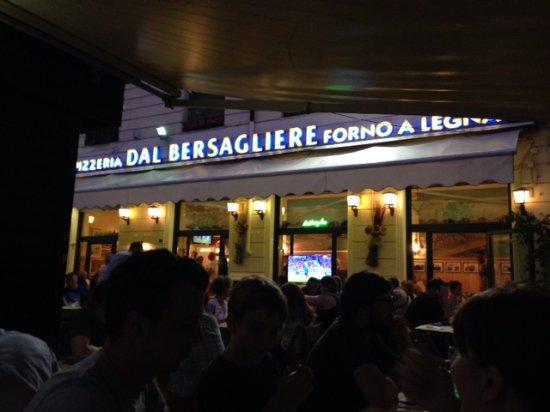 pizza - Foto di Pizzeria Dal Bersagliere, Roma - TripAdvisor