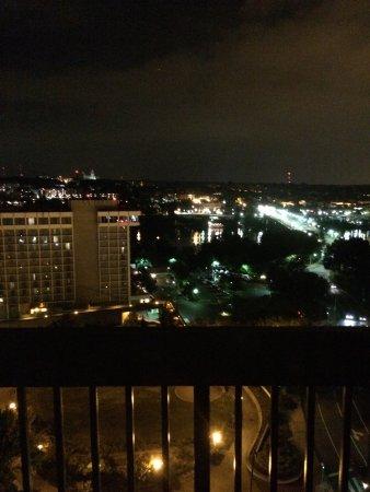 Holiday Inn Rosslyn @ Key Bridge: photo0.jpg