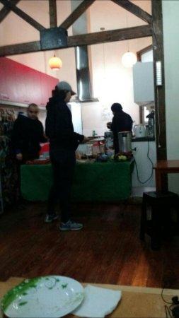 Santiago Backpackers Hostel: Screenshot_20160703-194329_large.jpg