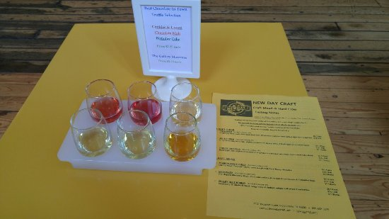 New Day Craft: Cocktails (Cherry Pippin & Kalifornication), Honey Brie with Prosciutto, & sample flight..yummy!