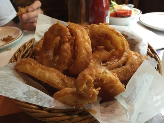 Forest Lake, MN: Greasy good onion ring order