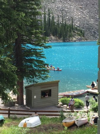 Moraine Lake Lodge: photo1.jpg