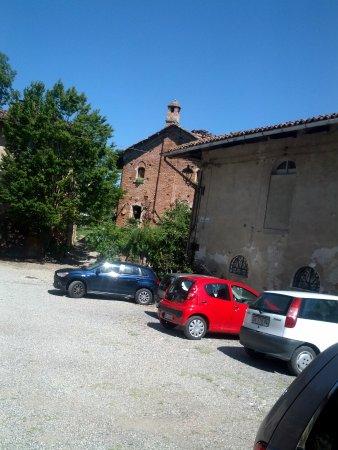 Brusasco, Италия: La piazzetta del Borgo