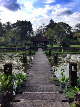 The Chedi Club Tanah Gajah, Ubud, Bali – a GHM hotel: The Library