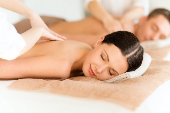Hidden Valley Day Spa: Couples Massage