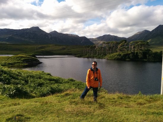 County Galway, Irlandia: Mountains and wild life