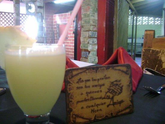 Santa Cruz del Norte, Kuba: Limonada natural, refrescante, embriagante; quiero volver!!!