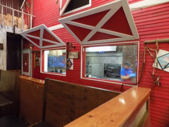 Mustang, OK: windows to watch the food being prepared