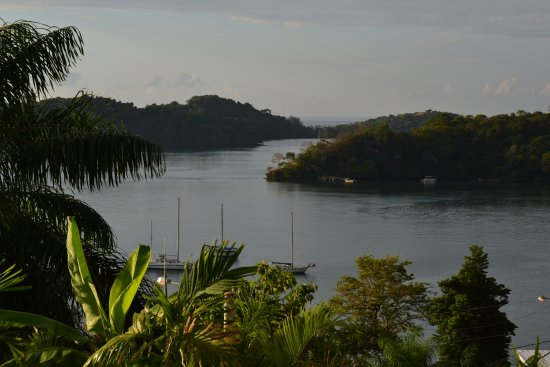 Boca Chica, Panamá: view from the restaurant area overlooking the cove