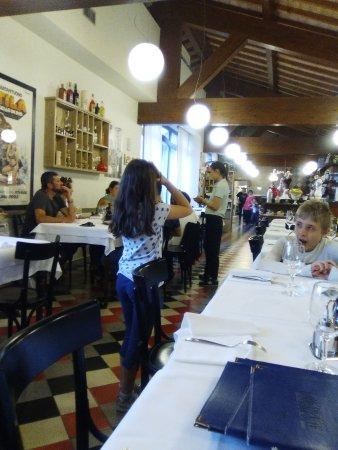 Vigasio, Italien: interno della pizzeria