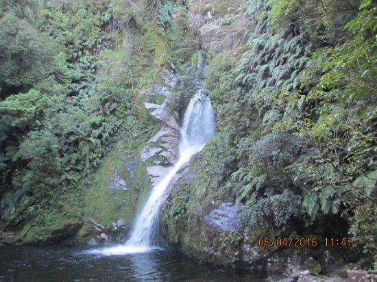 West Coast Region, Neuseeland: Lunch break at Dorothy Falls.