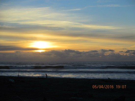 West Coast Region, Neuseeland: Sunset at Kokitika