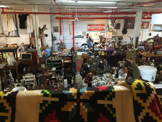 Photo of Tourist Attraction Junk at 197 N 9th St, Brooklyn, NY 11211, United States