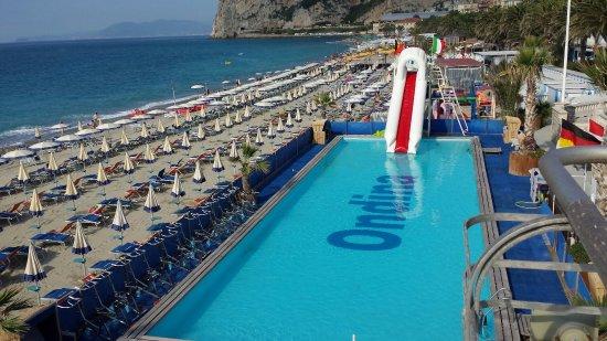 Vittoria beach bagni lido finale ligure boncardo hotel bagni