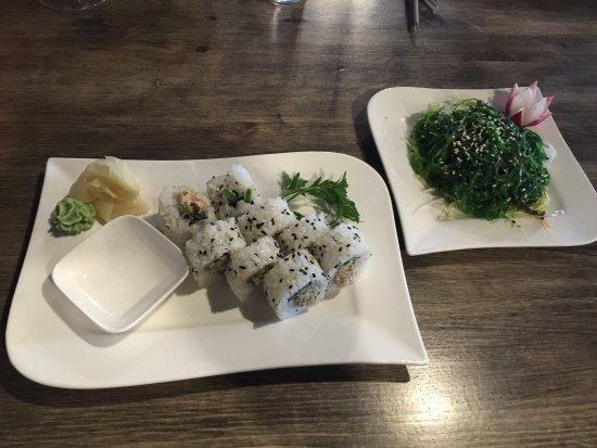 Viet Küche | Krosse Ente Mit Rotem Thaicurry Gemuse Und Bio Salat Mit Dressing