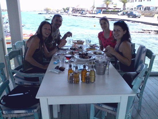Melissos : Best location to have lunch or dinner