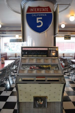 Macy's Diner Laoag: This jukebox adds to the ambience though not working anymore.