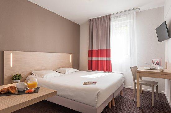 Appart 39 city lyon part dieu garibaldi picture of appart for Appart hotel lyon centre