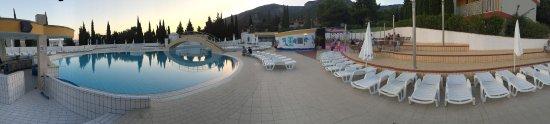 Bluesun Resort Bonaca: La piscine, le cœur névralgique du Bonaca !!!! Vacances genialissimes