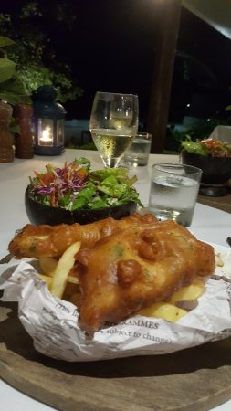 Eratap Beach Resort: Fish and chips