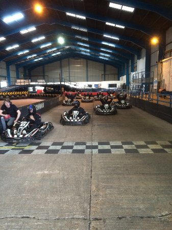 Woodbury Salterton, UK: On the grid ready to go
