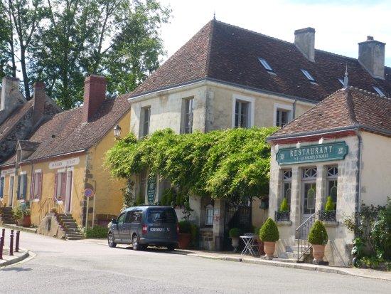 La Perriere, Frankrig: Vista Exterior