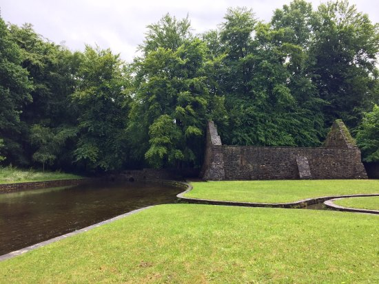 St. Patrick's Well: photo2.jpg