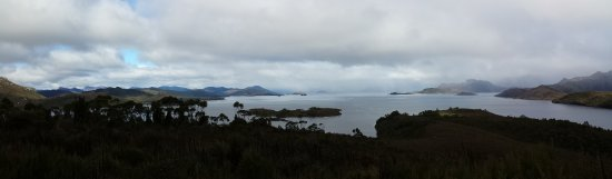 Strathgordon, Austrália: Panorama of the north end of Lake Pedder from Gordon River Rd