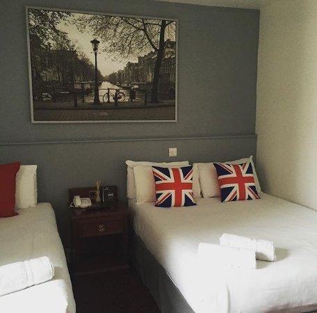 Castleton Hotel: Room 307