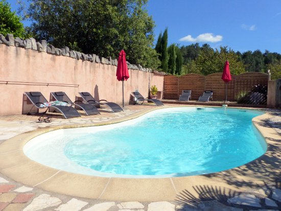 La Sauvasse : la piscine