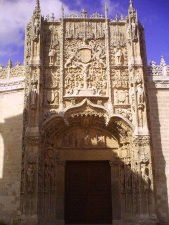 Museo Nacional de Escultura - Picture of Museo Nacional de Escultura, Vallado...