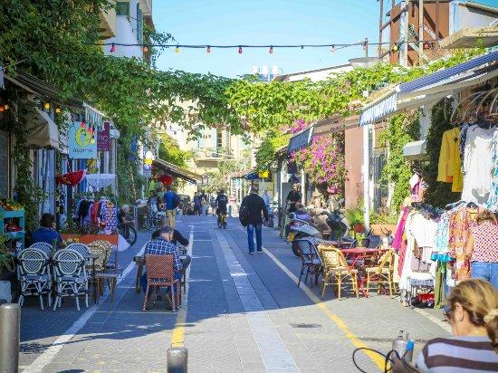 Tel Aviv, Israel: Jaffa Flea Market