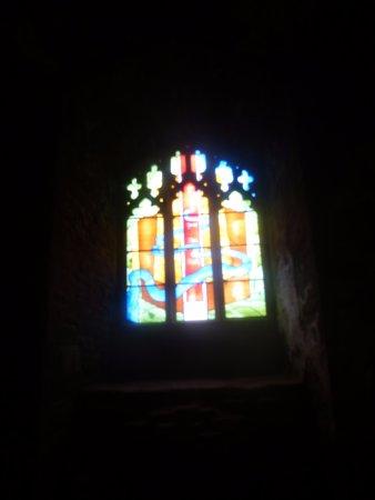 Goodrich, UK: Stain glass window