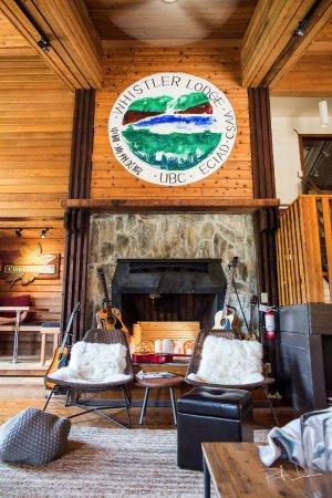 Whistler Lodge Hostel: Common Area