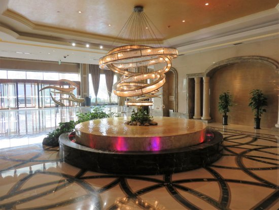 Xinxiang, China: Sculpture in the lobby