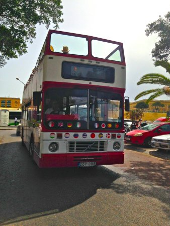 Zejtun, Мальта: The Red-Tour - South Tour around Malta with the Open-Top Bus from Supreme Travel