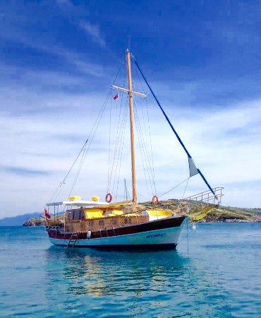Heyamola Boat Tour