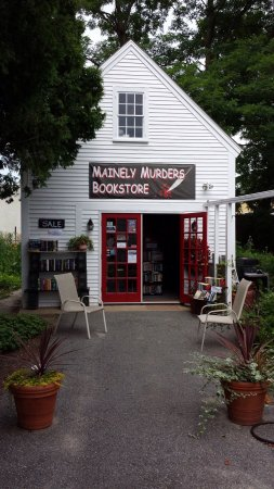 Kennebunks, ME: Mainly Murders Bookstore