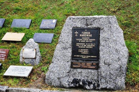 Western Poland, Polen: Tablica pamięci hm Floriana Marciniaka.