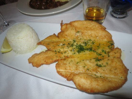 The Chequers Inn at Well: Delicious chicken escalope and rice