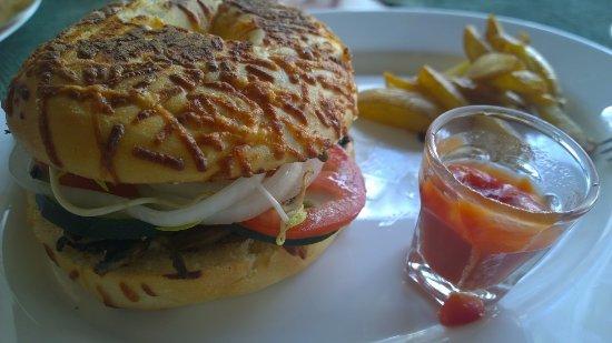Hotel Marionetas : Bagel vegetariano
