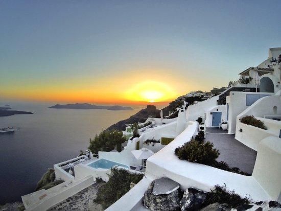 Dreams Luxury Suites: photo0.jpg