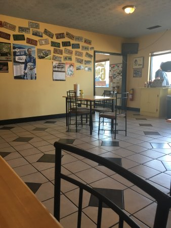 Flowery Branch, GA: Mac's Pit Stop Grill