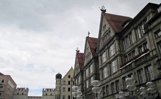 Karls Gate (Karlstor): two ships and a figure on rooftops near the Gate