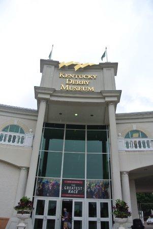 Kentucky Derby Museum: exterior view